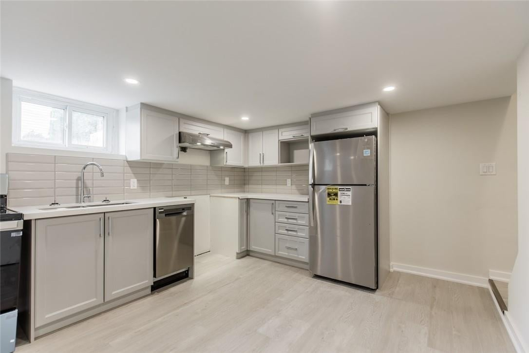 House for rent at 129 East 22nd St Unit 2 Hamilton Ontario - MLS: H4084389