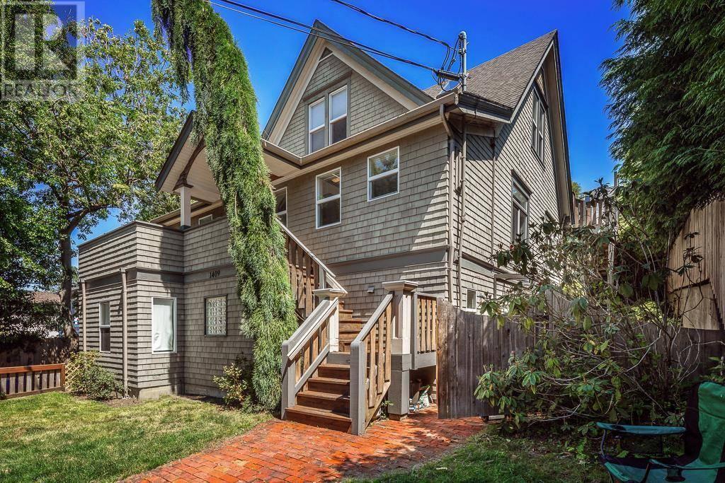 Condo for sale at 1409 Camosun St Unit 2 Victoria British Columbia - MLS: 420248