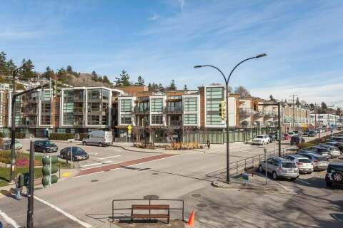 Townhouse for sale at 14820 Buena Vista Ave Unit 2 White Rock British Columbia - MLS: R2483823