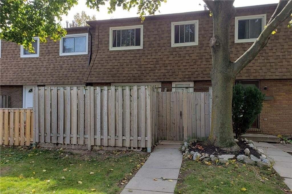 Townhouse for rent at 165 Limeridge Rd W Unit 2 Hamilton Ontario - MLS: H4090825