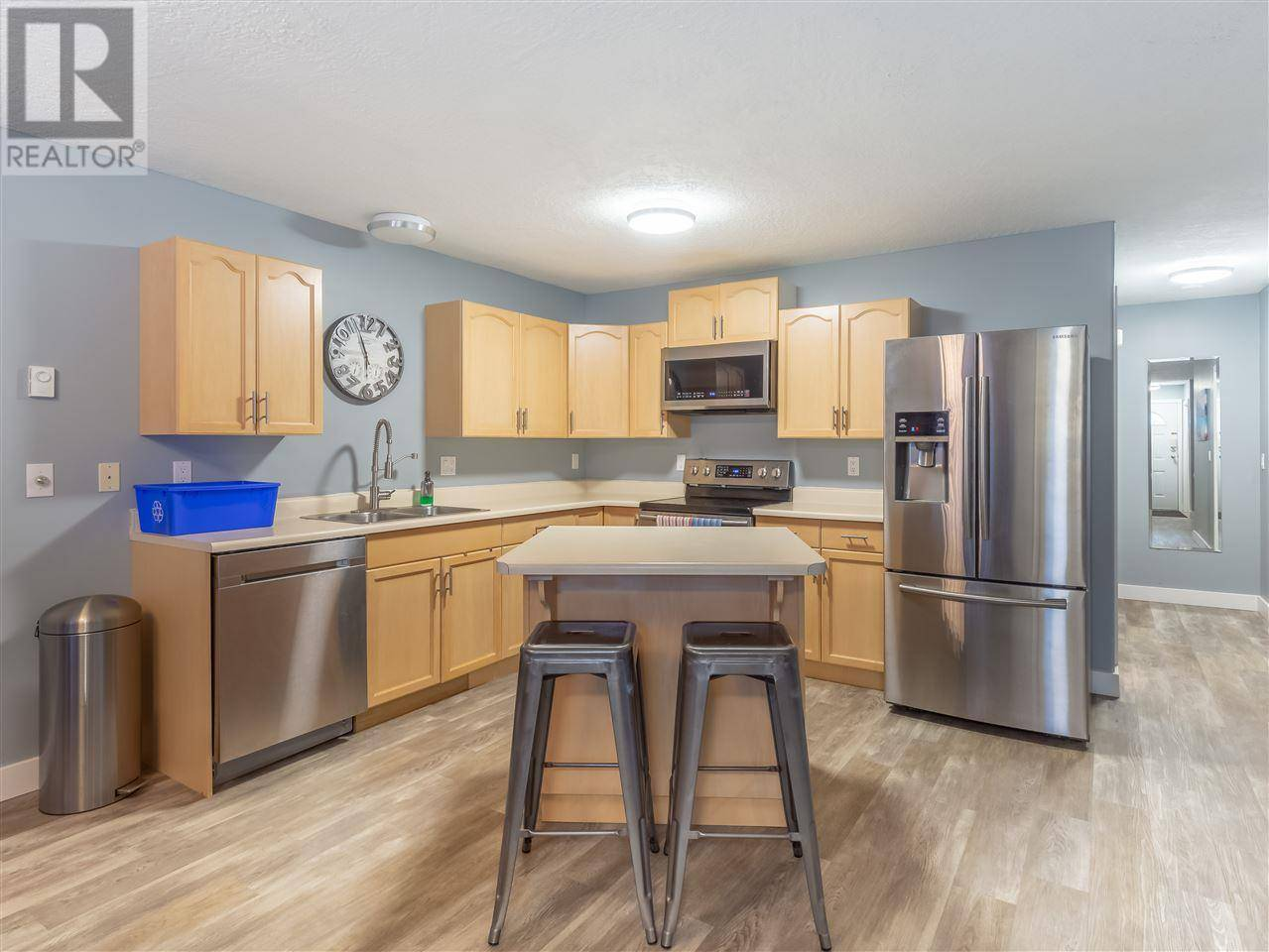 Condo for sale at 1686 Main St Unit 2 Smithers British Columbia - MLS: R2447514