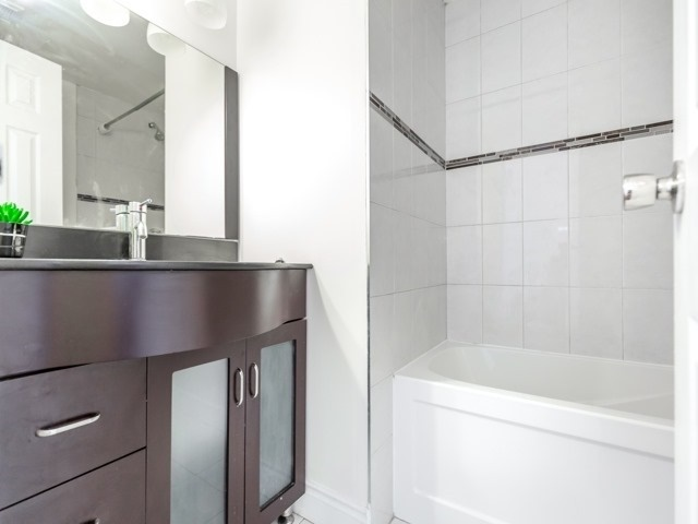 For Sale: 2 - 180 Mississauga Valley Boulevard, Mississauga, ON | 3 Bed, 3 Bath Condo for $499,000. See 20 photos!