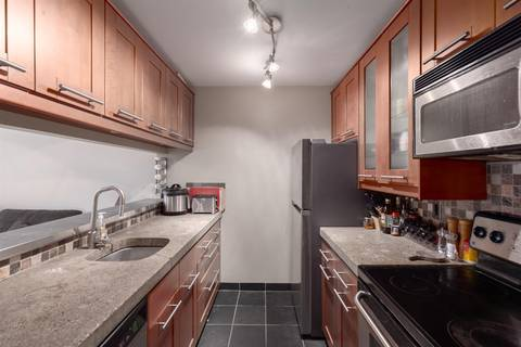 Condo for sale at 1870 Yew St Unit 2 Vancouver British Columbia - MLS: R2383191