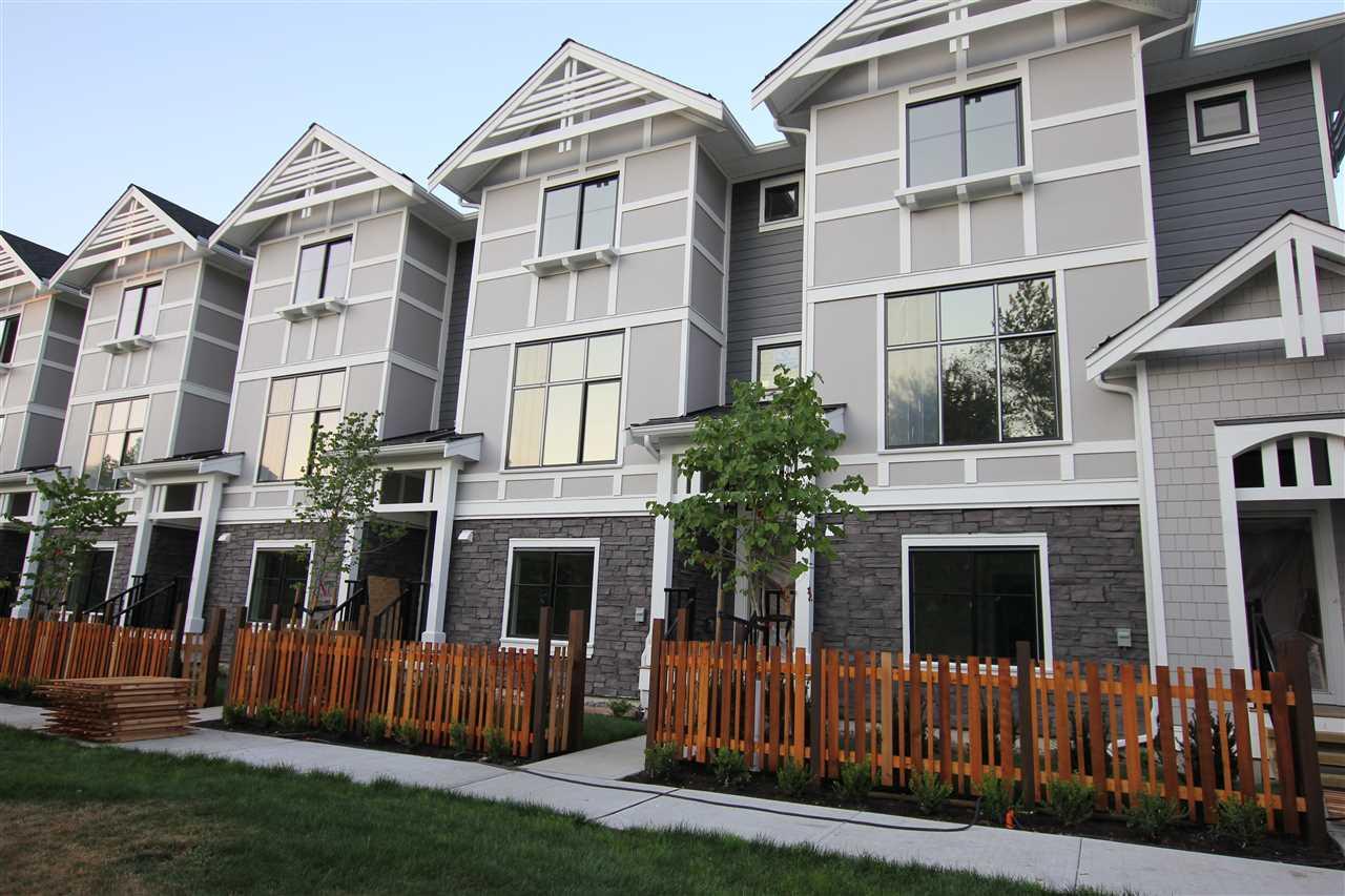 Buliding: 19133 73 Avenue, Surrey, BC