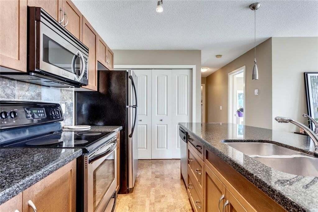 Condo for sale at 210 Village Tc SW Unit 2 Patterson, Calgary Alberta - MLS: C4305131