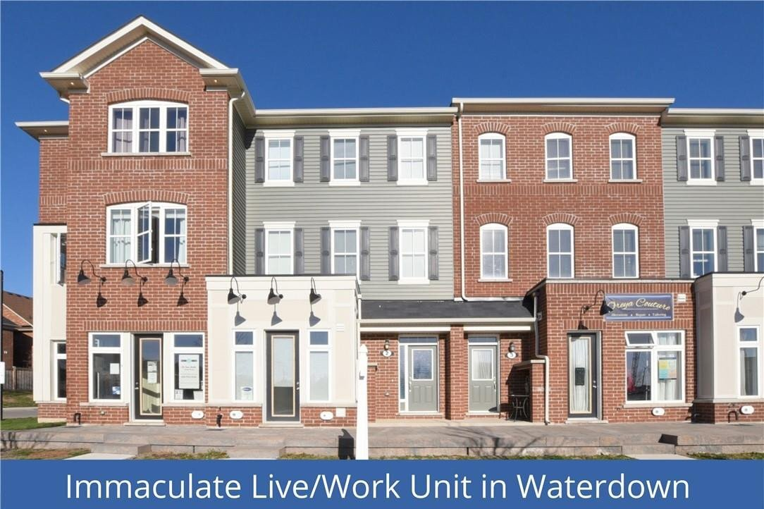 Townhouse for rent at 22 Spring Creek Dr Unit 2 Waterdown Ontario - MLS: H4091745