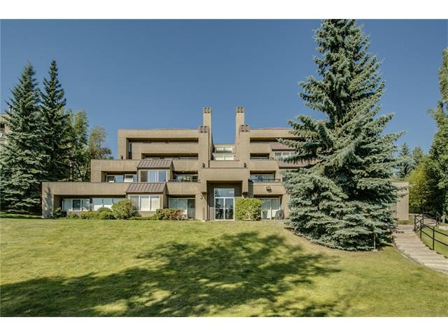 Sold: 2 - 226 Village Terrace Southwest, Calgary, AB