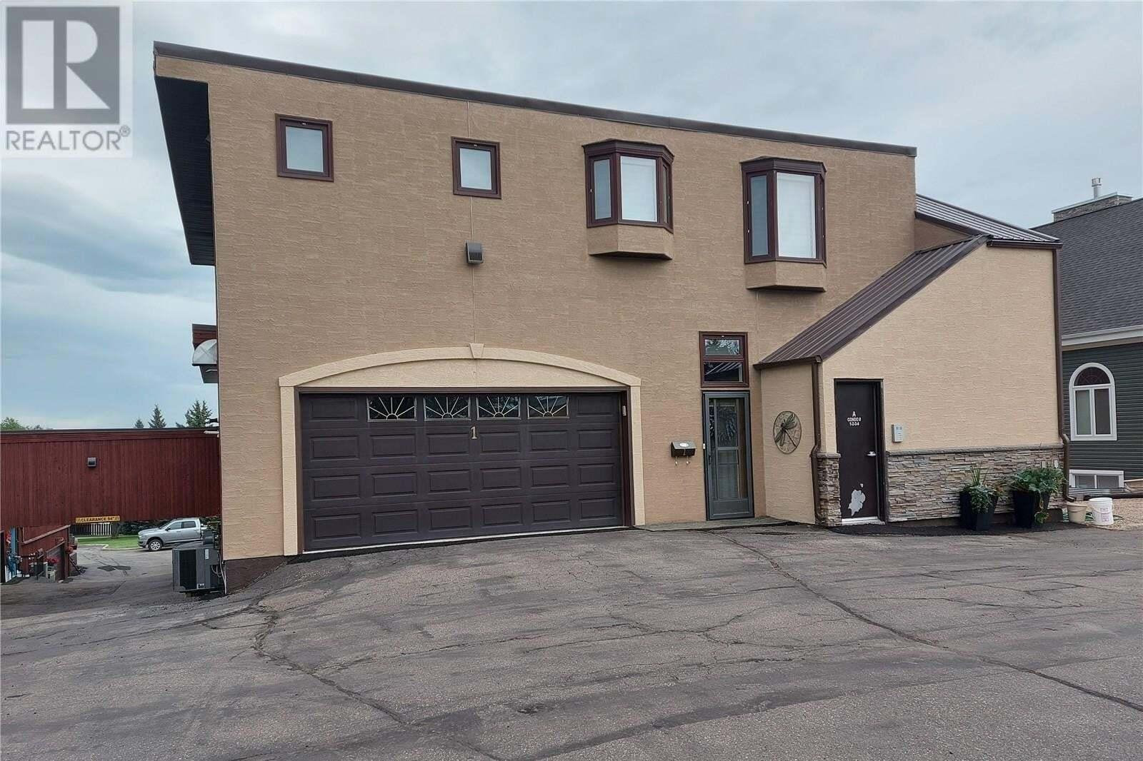 Townhouse for sale at 275 Alpine Cres Unit 2 Swift Current Saskatchewan - MLS: SK818471