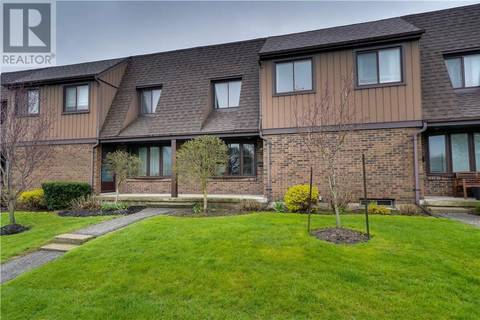 Townhouse for sale at 285 Sandowne Dr Unit 2 Waterloo Ontario - MLS: 30734128