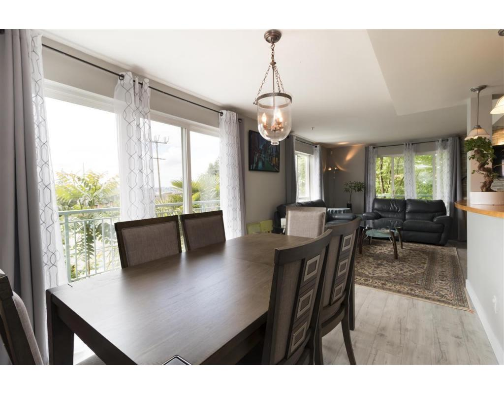 Removed: 2 - 288 St Davids Avenue, North Vancouver, BC - Removed on 2018-06-26 05:09:03