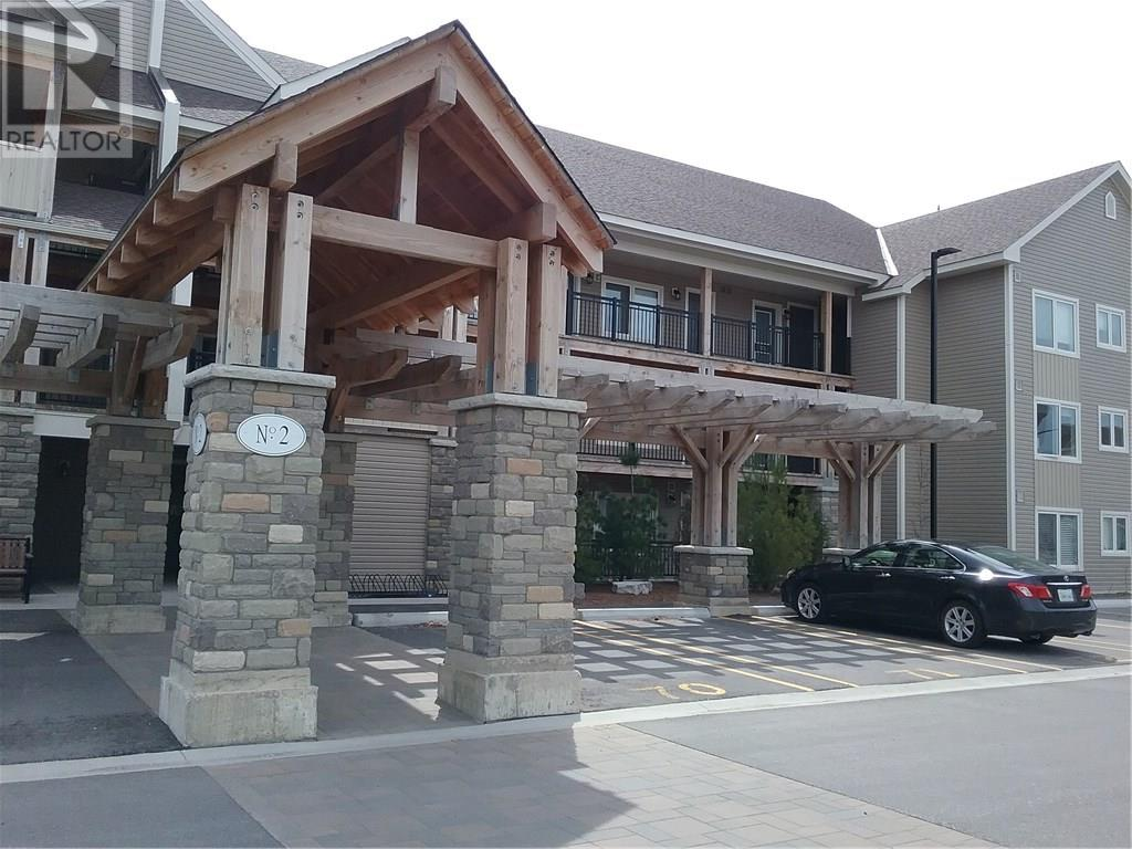 Buliding: 2 Anchorage Crescent, Collingwood, ON