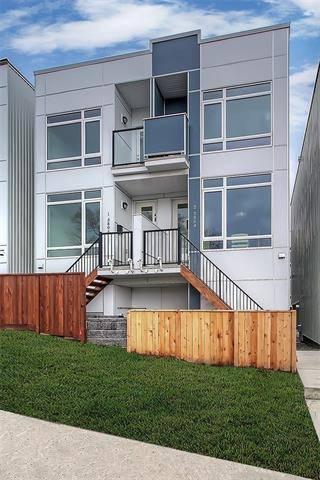 Townhouse for sale at 3806 Parkhill Pl Southwest Unit 2 Calgary Alberta - MLS: C4241798