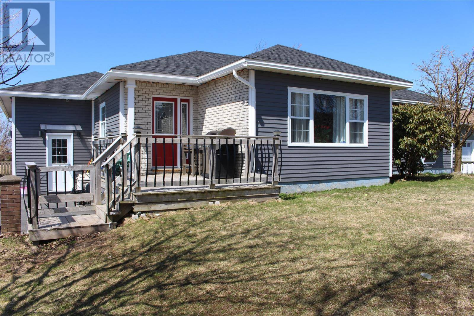 House for sale at 2 Churchill Ave Placentia Newfoundland - MLS: 1213042