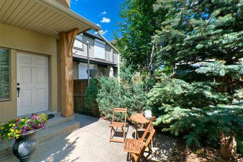 Townhouse for sale at 407 19 Ave Northeast Unit 2 Calgary Alberta - MLS: C4253619