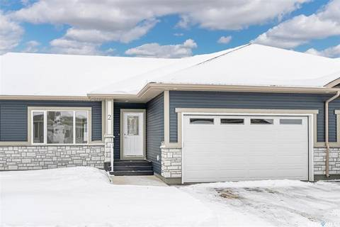 Townhouse for sale at 435 Palmer Cres Unit 2 Warman Saskatchewan - MLS: SK808002