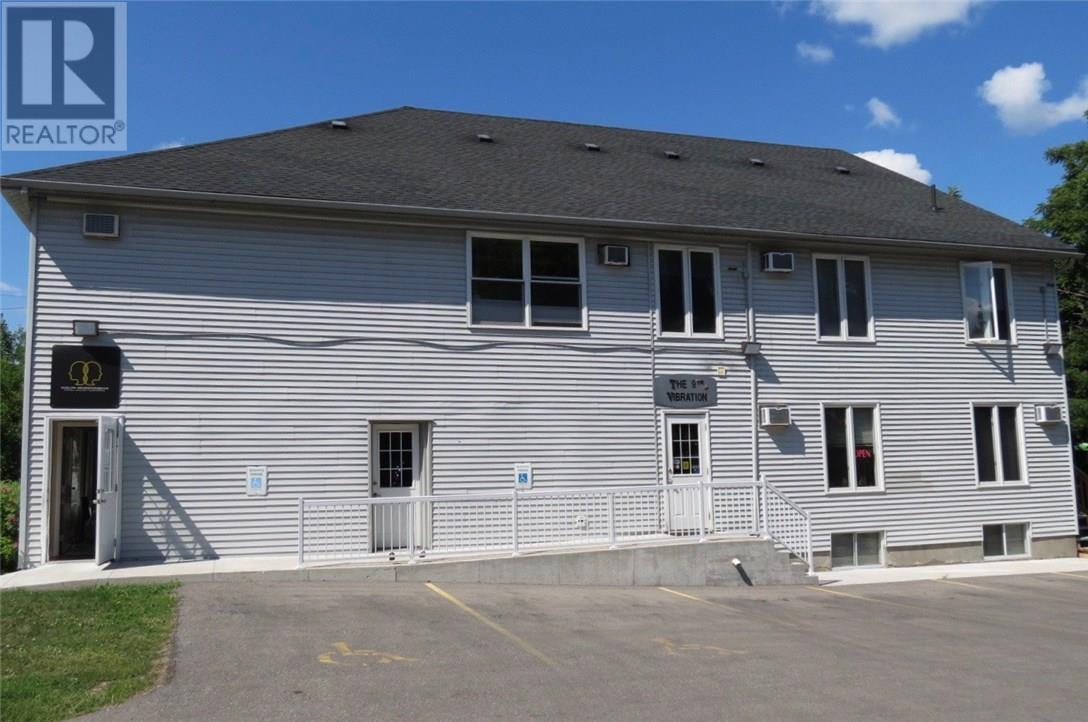 For Rent: 497 Woolwich Street, Guelph, ON Property for $1,295. See 6 photos!