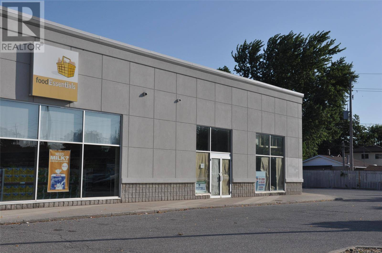 Commercial property for lease at 5050 Tecumseh Rd East Apartment 2 Windsor Ontario - MLS: 19023212