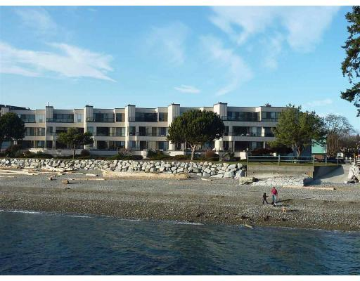 For Sale: 2 - 5477 Wharf Avenue, Sechelt, BC Property for $199,000. See 6 photos!