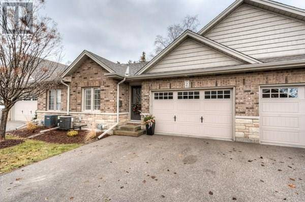 Townhouse for sale at 560 Grey St Unit 2 Brantford Ontario - MLS: 30783907