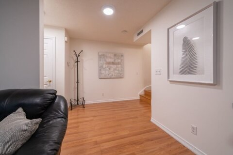 Condo for sale at 89 Lillian St Unit 2 Toronto Ontario - MLS: C5076119