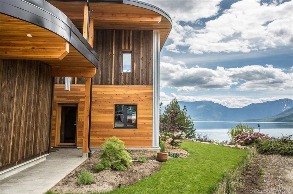 Townhouse for sale at 95 7th Avenue Sw  Unit 2 Nakusp British Columbia - MLS: 2434089