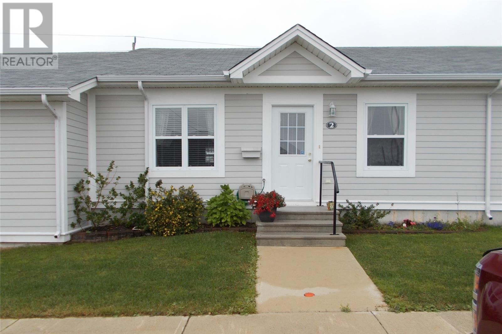 House for sale at 2 Appleblossom Ct St John's Newfoundland - MLS: 1224150