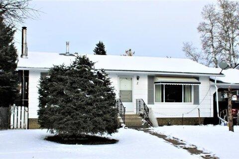House for sale at 2 Aspen Cres NE Sundre Alberta - MLS: A1049294