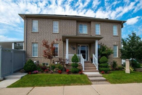Townhouse for rent at 2 Castle Park (lower) Blvd Vaughan Ontario - MLS: N4996265