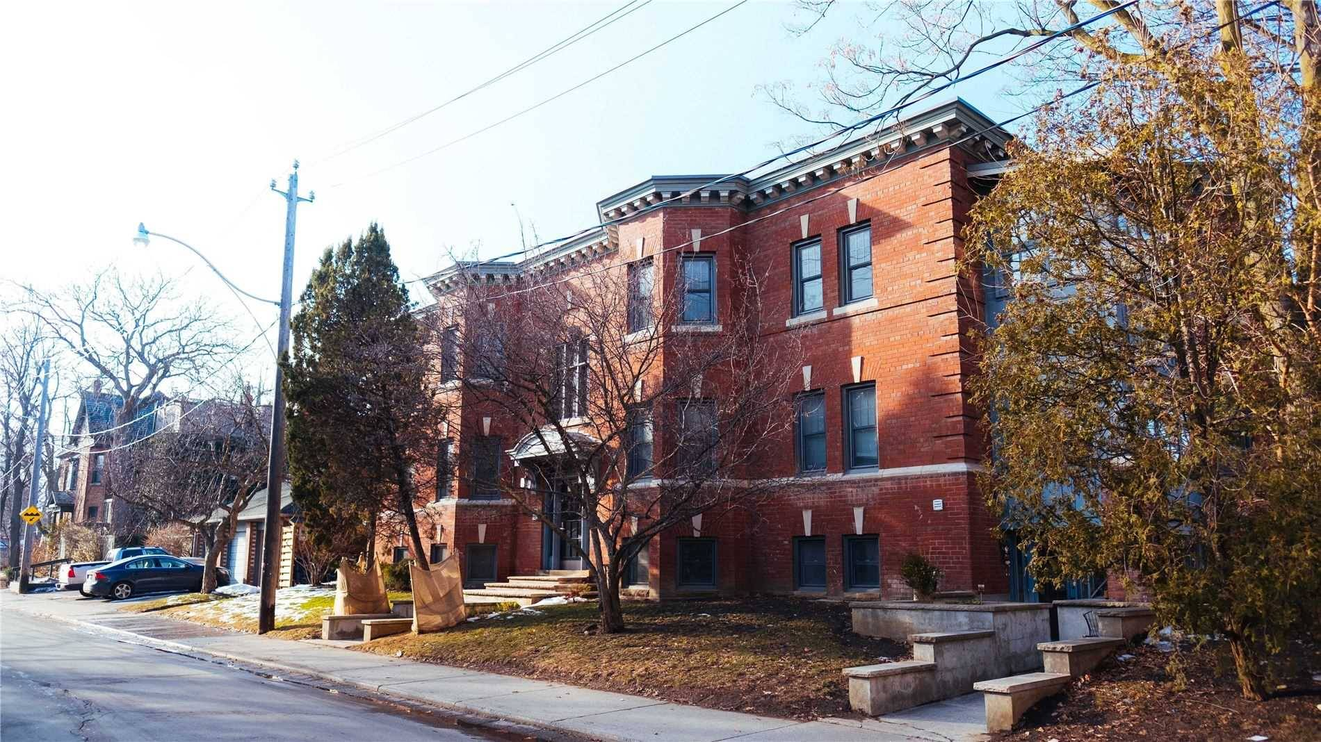 Buliding: 388 Brunswick Avenue, Toronto, ON