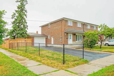 Townhouse for sale at 2 Elnathan Cres Toronto Ontario - MLS: W4836762