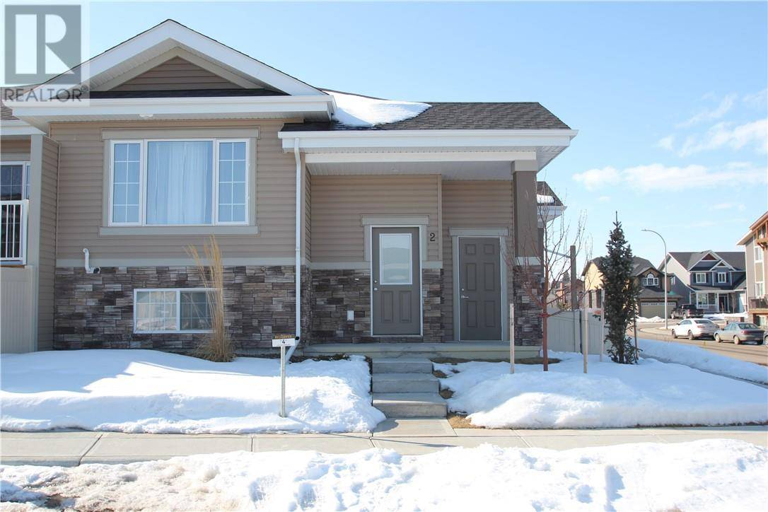 Townhouse for sale at 2 Golden Cres Red Deer Alberta - MLS: ca0190528