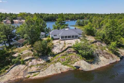 House for sale at 2 Island 840/jacks Rock . Honey Harbour Ontario - MLS: 279532