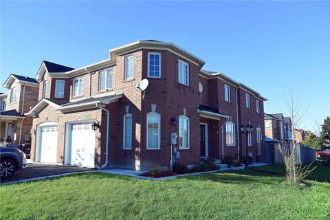 Townhouse for sale at 2 Lake Louise Dr Brampton Ontario - MLS: W4519555