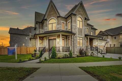 House for sale at 2 Leo Austin Rd Brampton Ontario - MLS: W4903047
