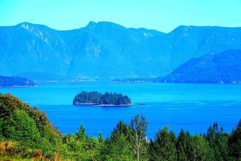 Residential property for sale at 0 Davidson Rd Unit 2 Gibsons British Columbia - MLS: R2292502