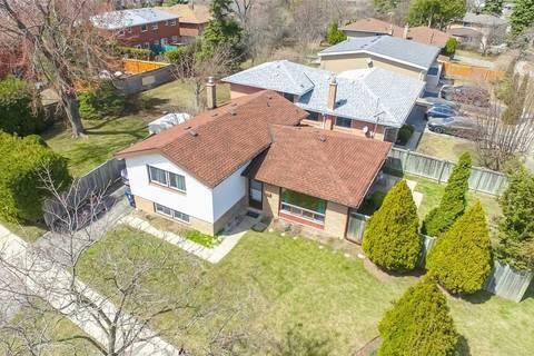 House for sale at 2 Lotus Ct Toronto Ontario - MLS: C4423003