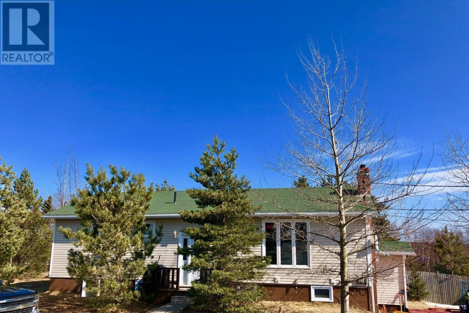 House for sale at 2 Meade View Rd Clarenville Newfoundland - MLS: 1193003