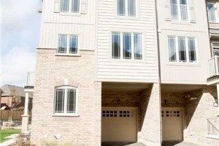 Townhouse for rent at 2 Melbrit Ln Caledon Ontario - MLS: W4973654