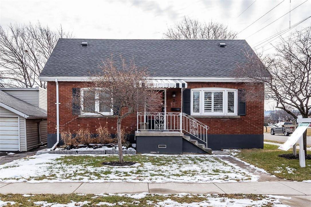 House for sale at 2 Melvin Ave Hamilton Ontario - MLS: H4072332