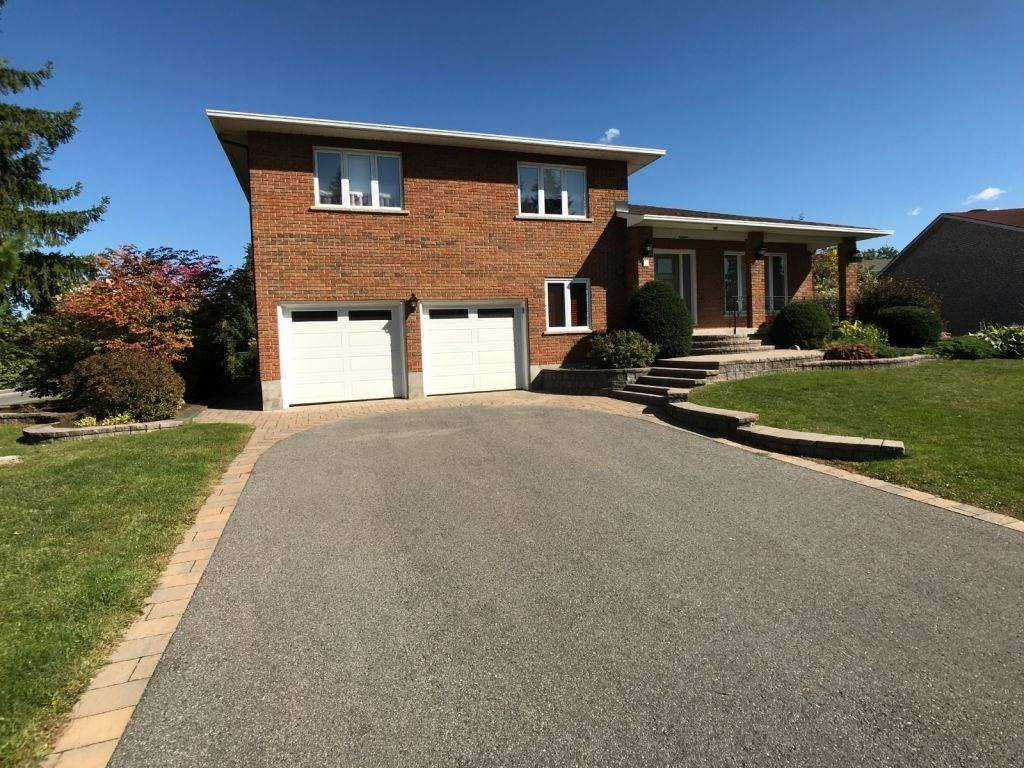 House for sale at 2 Nancy Ave Nepean Ontario - MLS: 1170123