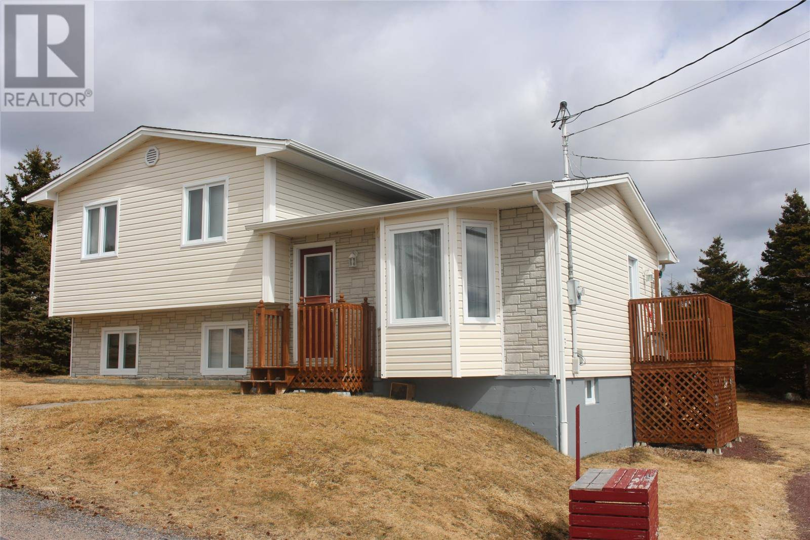 House for sale at 2 Earleson Ht N Carbonear Newfoundland - MLS: 1193570