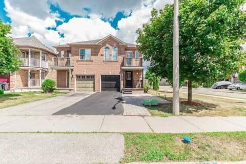 Townhouse for sale at 2 Ozner Ct Brampton Ontario - MLS: W4848316