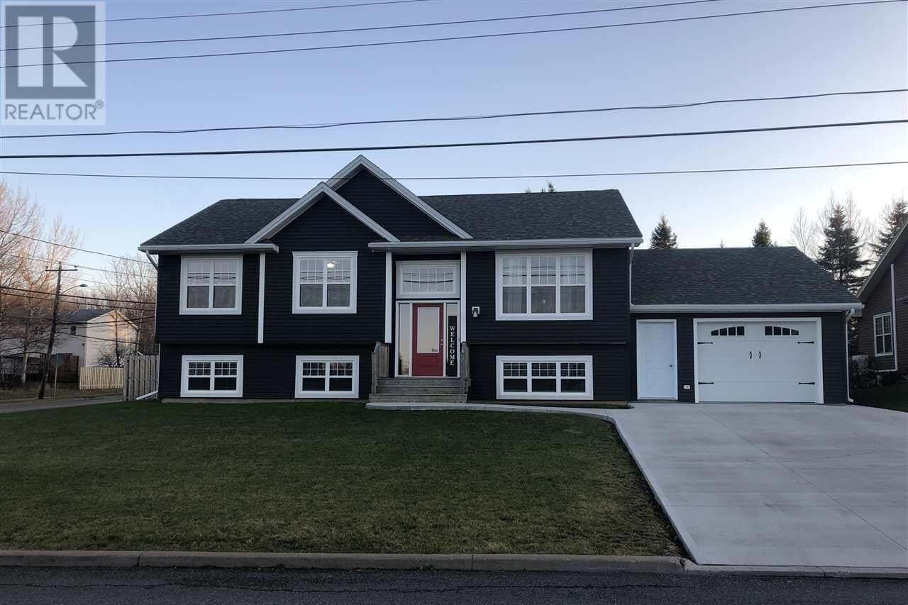 House for sale at 2 Parkview Dr New Glasgow Nova Scotia - MLS: 201927397