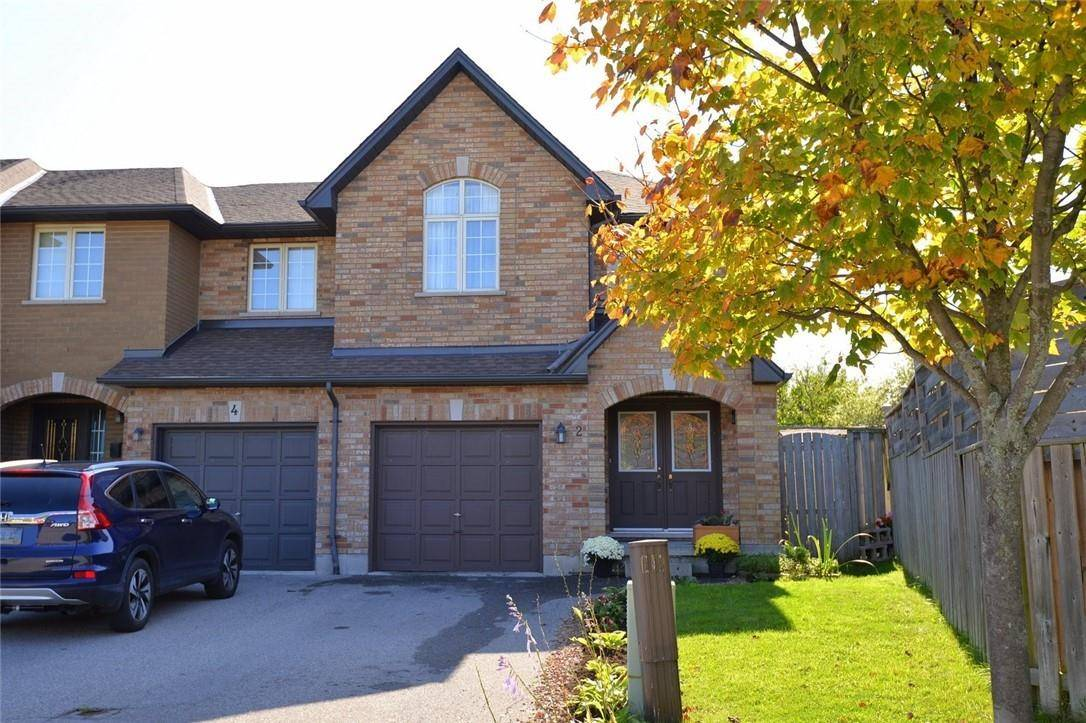 Townhouse for sale at 2 Racalmuto St Hamilton Ontario - MLS: H4064606