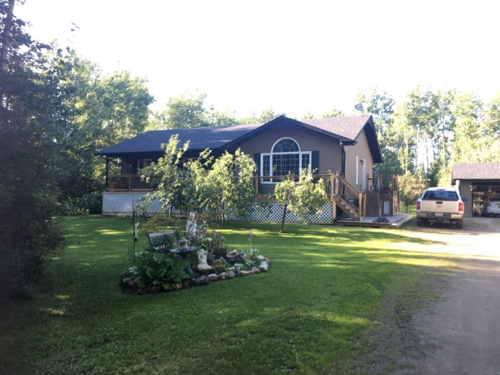 For Sale: 2 Rge Rd 31 , Rural Parkland County, AB | 5 Bed, 3 Bath House for $500,000. See 15 photos!