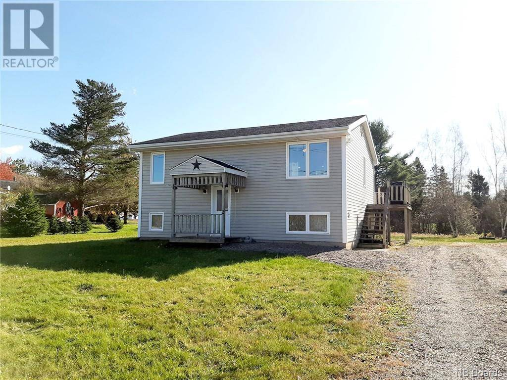 House for sale at 2 Robert St Sussex Corner New Brunswick - MLS: NB036412