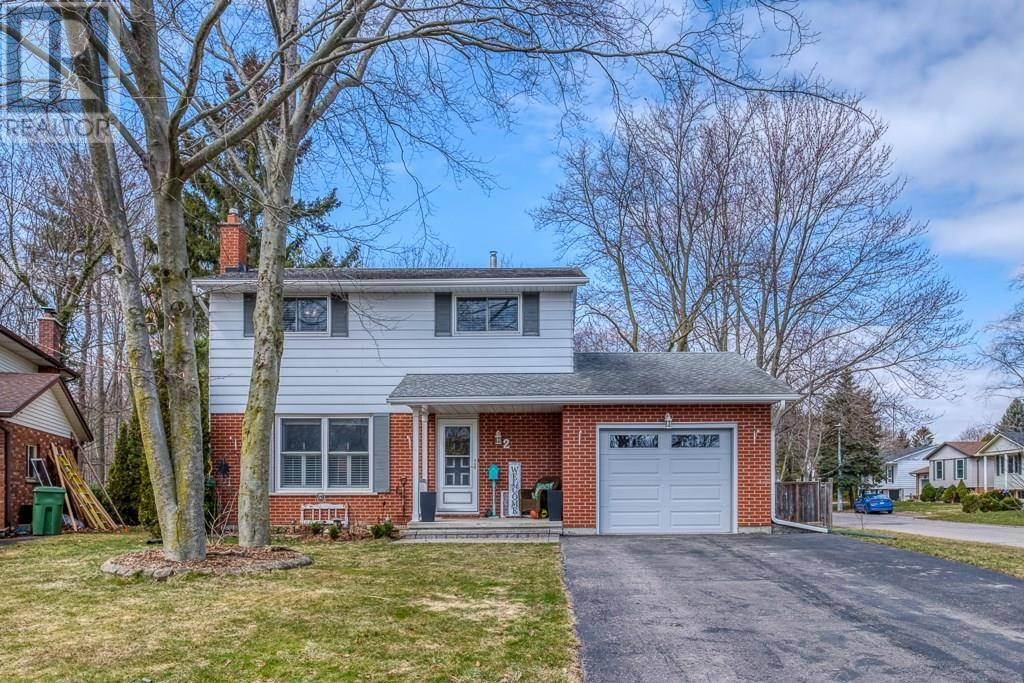 House for sale at 2 Roselawn Ct Port Dover Ontario - MLS: 30800194