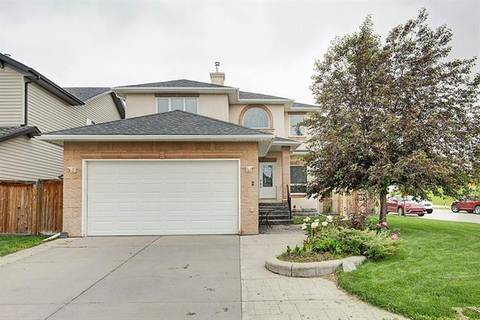 House for sale at 2 Royal Birkdale Cres Northwest Calgary Alberta - MLS: C4275609