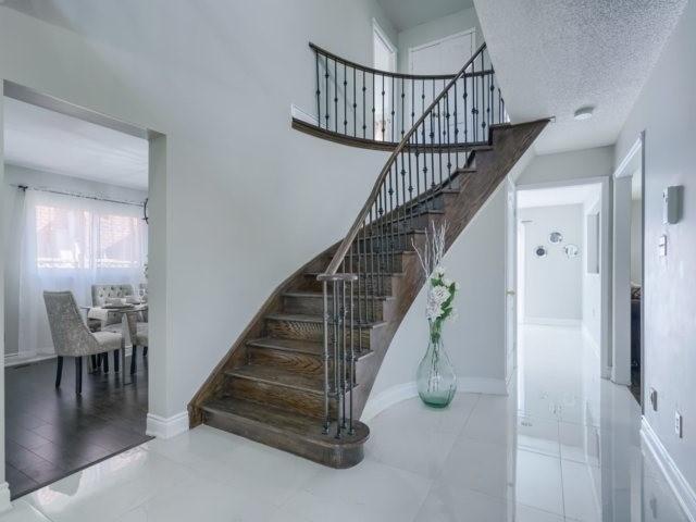 Sold: 2 Ruth Avenue, Brampton, ON