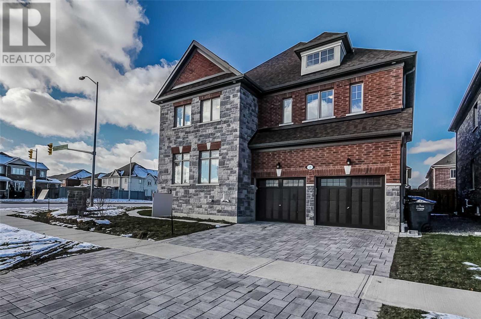 House for sale at 2 Sacramento Road Brampton Ontario - MLS: W4309148